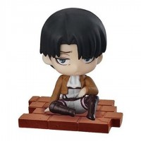 01-94104 Attack on Titan Suwarasetai Sitting Mini Figure Collection - Levi Ackerman